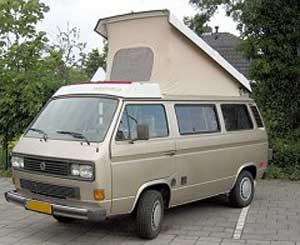 Vanagon camper met geopend hefdak