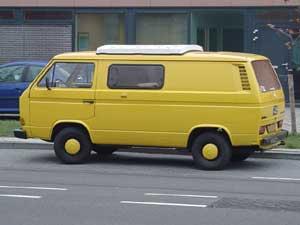VW T3 zelfbouw camper geel