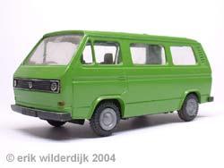 Metalen schaalmodel VW T3 groen van Conrad