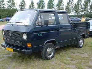 Blauwe VW T3 doka met de bijnaam Bert