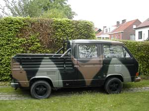 Dubbelcabine pick-up in camouflagekleuren