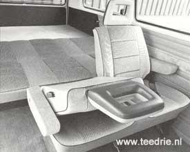 M 231 / 685 zitbak omklapbaar tot bedbank