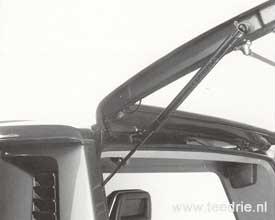 M 308 gasveren voor achterklep VW T3