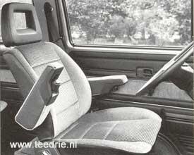 M 990 stoelen met armleuningen in T3 cabine