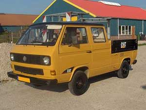 T3 dubbelcabine pick-up in CAT kleuren
